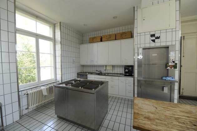 villa mettlen vermietung k che. Black Bedroom Furniture Sets. Home Design Ideas